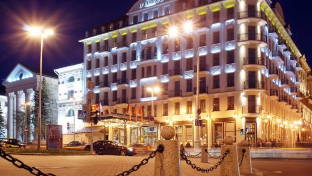 Столичные гостиницы на 20% снижают цены на услуги
